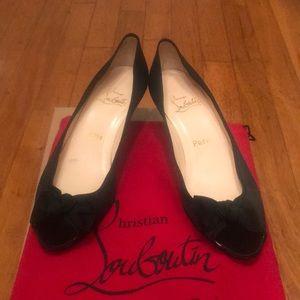 Loubition kitten heels size 38 satin bow.